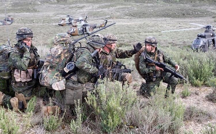 Британские эксперты учения НАТО назвали «посмешищем» для России фото 2