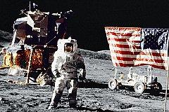 Китайцы не нашли на Луне американской высадки