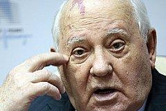 Горбачёв пытается доказать Путину, что тот не прав