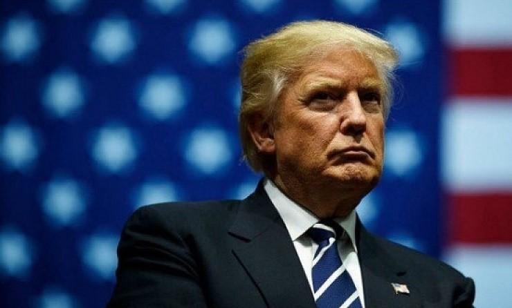 The New York Times: Трамп - это угроза нацбезопасности США фото 2