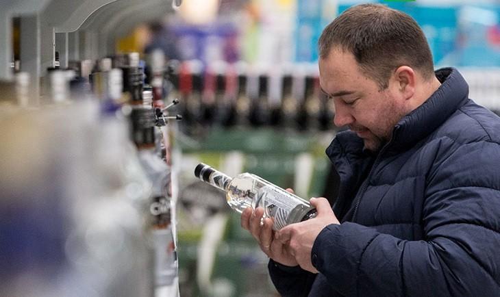 Возраст для продажи крепкого алкоголя будет увеличен фото 2