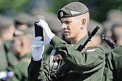 Военнослужащим армии России запрещено пользоваться смартфонами