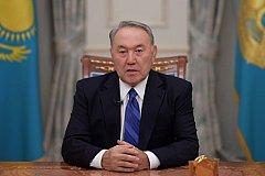 Бессменный Назарбаев сложил полномочия президента Казахстана