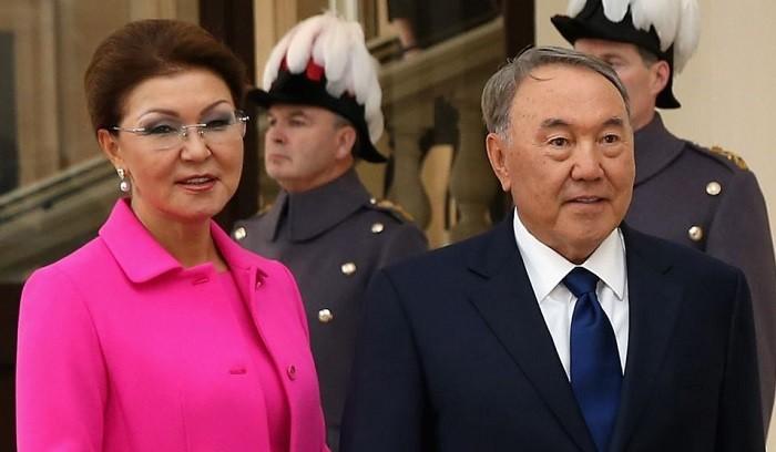 Дарига со своим отцом Нурсултаном Назарбаевым