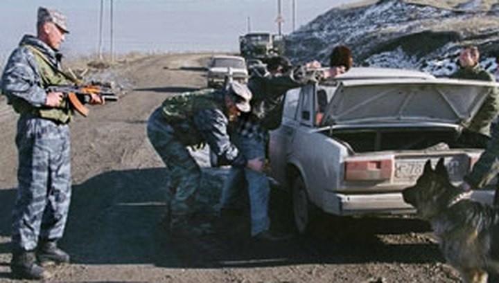 Проверка на блокпосту во времена режима КТО в Чечне