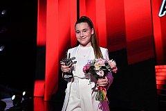 Победу дочки Алсу на «Голосе» Первый канал аннулировал