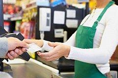 Супермаркеты «Перекресток» начнут продавать продукты в кредит